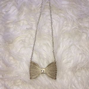 Bow necklace!